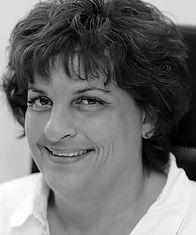 Dr. Ursula Jacob